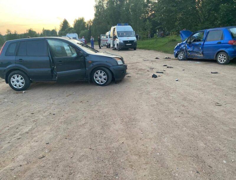 В ТВерской области пострадали водители двух автомобилей