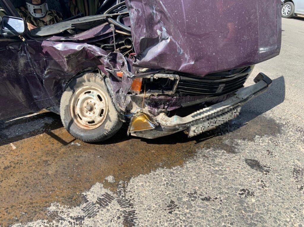 В Твери две женщины пострадали при аварии