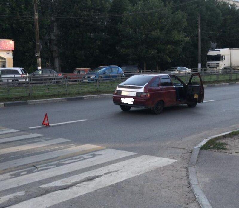 В Твери машина сбила женщину на переходе