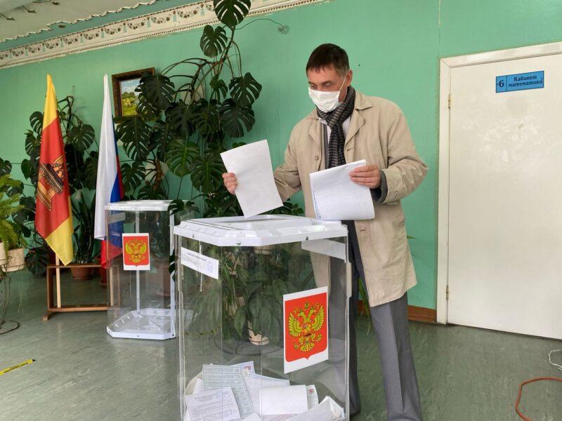 Голосуем за будущее: Действующие депутаты Законодательного собрания Тверской области проголосовали на выборах
