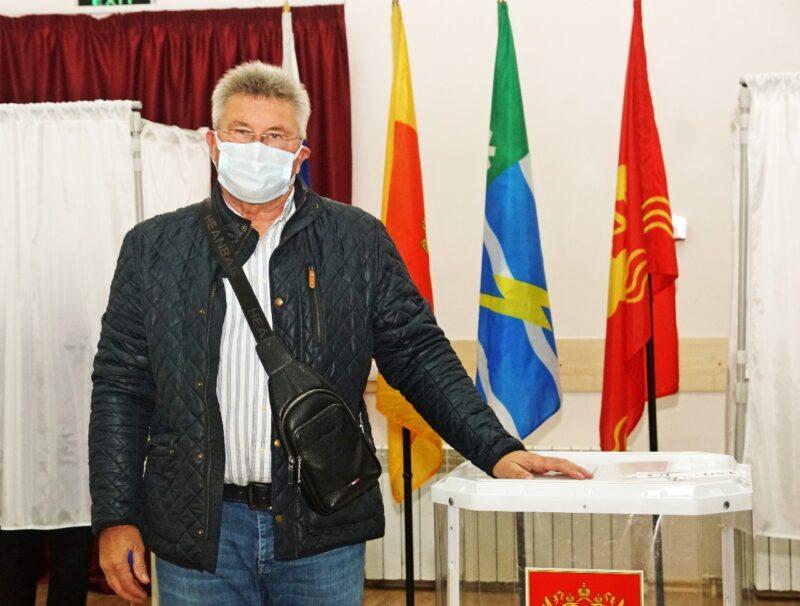 Андрей Белоцерковский проголосовал на выборах-2021