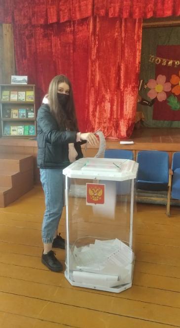 Молодёжь Тверской области активно приходит на выборы