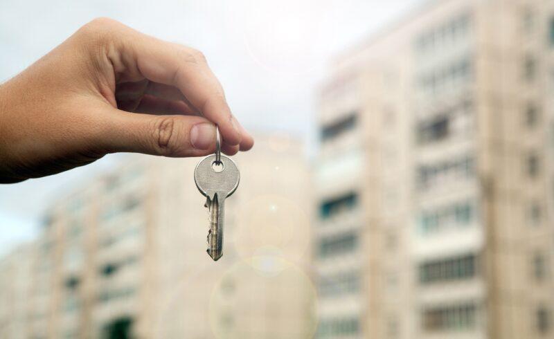 Андреапольцы, потерявшие жилье из-за стихии, получили квартиры