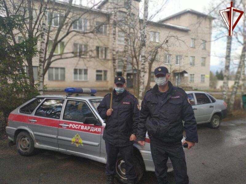 В Тверской области рецидивист украл алкоголь и сигареты
