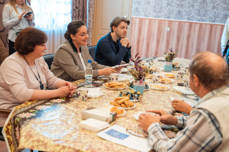 Грёзы Твери: Юлия Саранова встретилась с вокалистами ансамбля академического пения