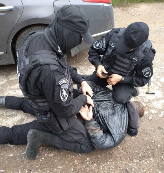 В Тверской области задержали нарко-курьера во время попытки сбыта
