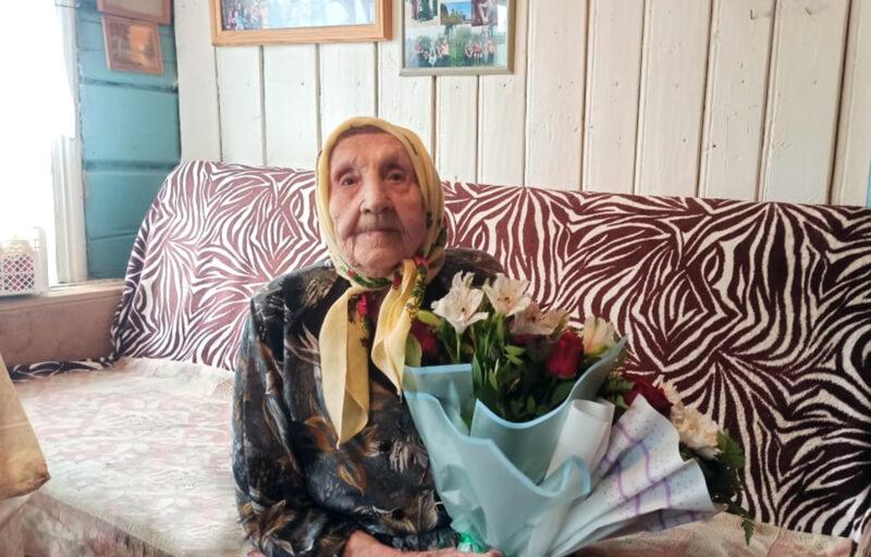 Губернатор Игорь Руденя подчеркнул вклад в Победу Домны Николаевны Григорьевой, отмечающей 100-летие
