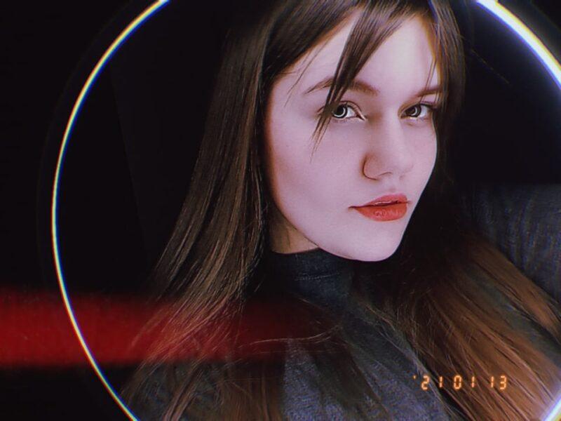 """Лилия Петрова из Твери стала полуфиналисткой шоу """"Ты супер!"""""""