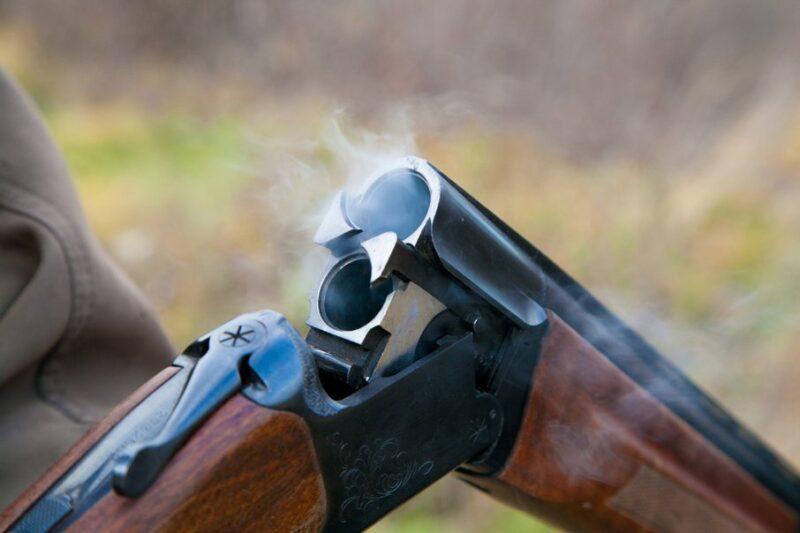 В Тверской области мужчина украл оружие