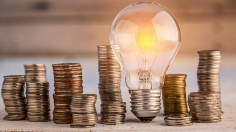 В Тверской области жители дома отказались платить за электричество должника
