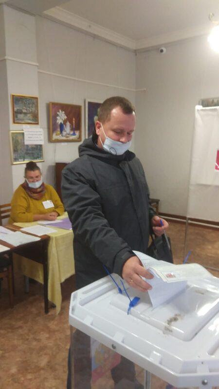 Министр ЖКХ и энергетики Александр Иванович Цветков сделал свой выбор