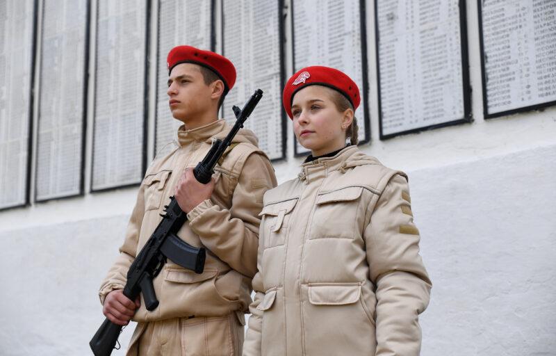 Игорь Руденя  возложил цветы к мемориалу «Вечная память» в Нелидово