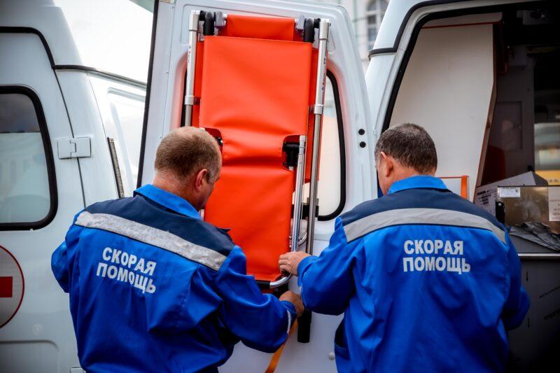 В муниципалитеты Тверской области направлены новые школьные автобусы и автомобили скорой медицинской помощи