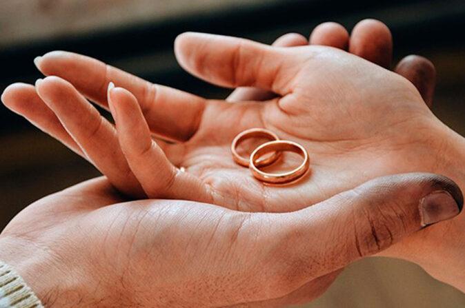 Муж и жена - одна сатана: в Селижарово семейная пара получила штраф за грубое поведение