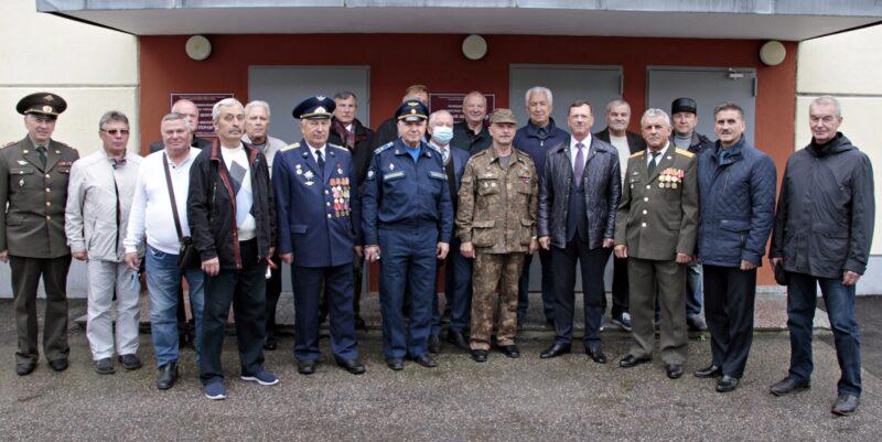 В Твери Владимир Васильев пообщался с ветеранами вооруженных сил