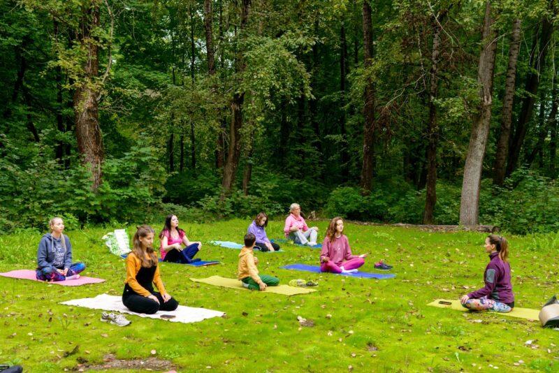Спорт и субботник: как в Твери развивается эко-йога