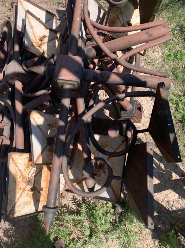 В Ржеве отреставрировали и установили старинные фонари