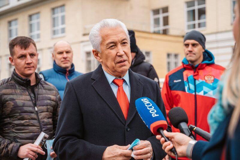 В Твери проголосовал советник Президента России Владимир Васильев