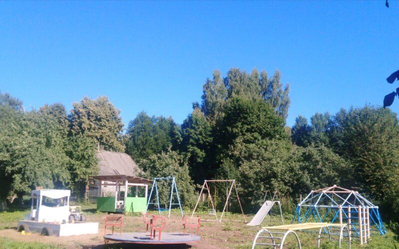 Новая детская площадка появилась в Оленинском районе