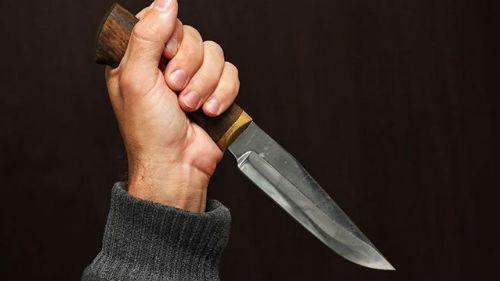 В Тверской области мужчина зарезал собутыльницу