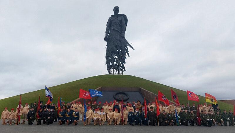 Торопецкие школьники приняли участие в Слёте часовых Постов Памяти