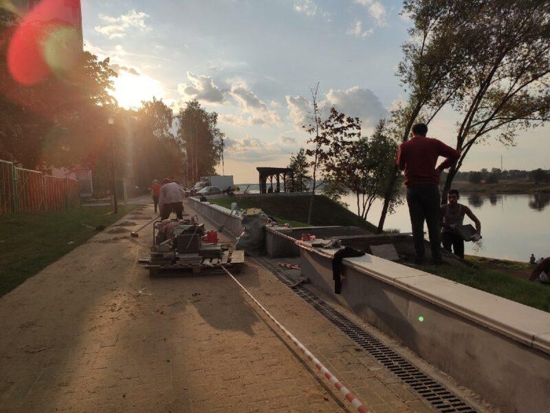 В Твери завершается благоустройство Мигаловской набережной
