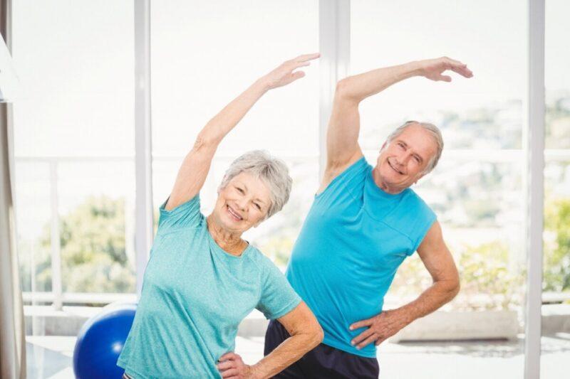 В Твери после лета возобновились бесплатные оздоровительные занятия для людей старшего возраста