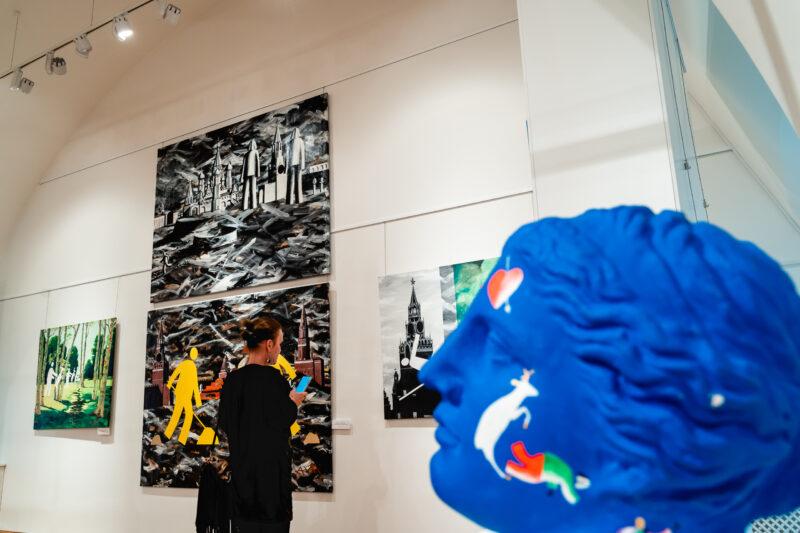 Впервые в Твери можно увидеть полотна нонконформиста Игоря Новикова