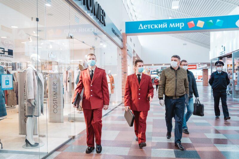 В Тверской области проводятся проверки соблюдения масочного режима в торговых точках