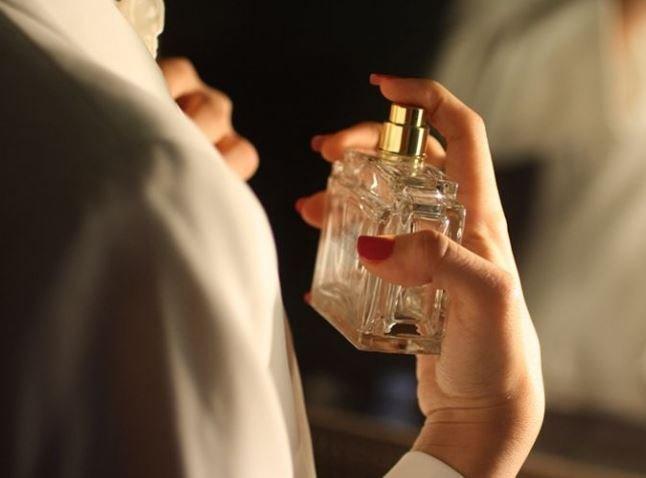 В Тверской области женщина украла из магазина дорогостоящие духи