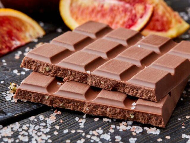 Житель Тверской области попался на краже шоколада