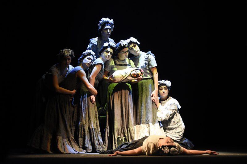 Тверской театр кукол приглашает на спектакль для взрослых «Фрида.Memoria»