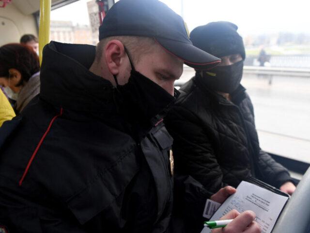В автобусах «Транспорта Верхневолжья» за нарушение масочного режима оштрафовали порядка 50 пассажиров