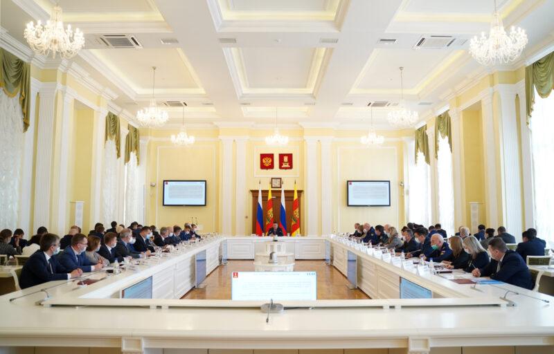 Порядка 6000 подростков трудились летом на предприятиях Тверской области