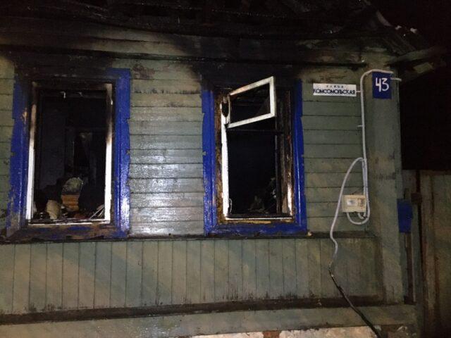 В сгоревшем жилом доме Тверской области обнаружили тела двух мужчин