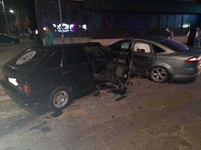В аварии в Тверской области получили травмы два человека