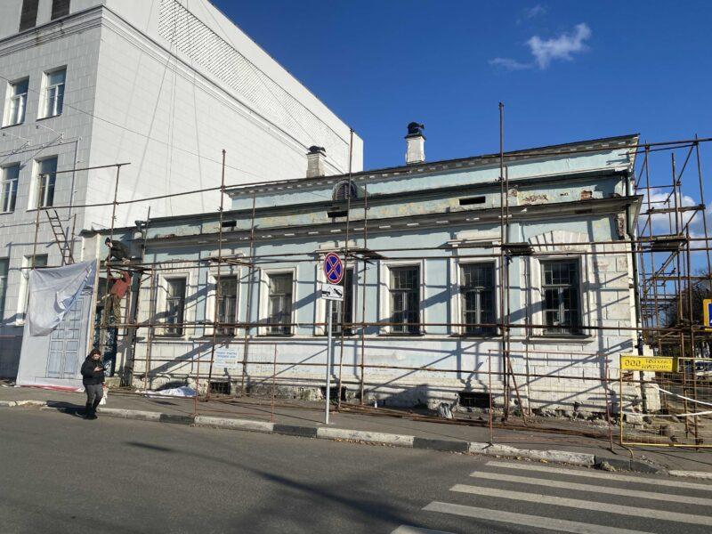 В Твери началась реставрация усадьбы, построенной по проекту Росси