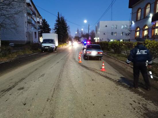 В Тверской области отечественная легковушка сбила маленького ребенка