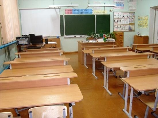 Оленинских учителей поздравили с профессиональным праздником