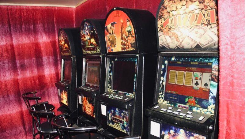 В Твери накрыли нелегальное азартное заведение