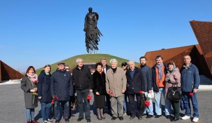 Ветераны следствия посетили Ржевский мемориал Советскому солдату