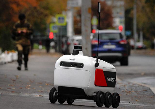 Почта России запустила доставку из отделений роботами Яндекса
